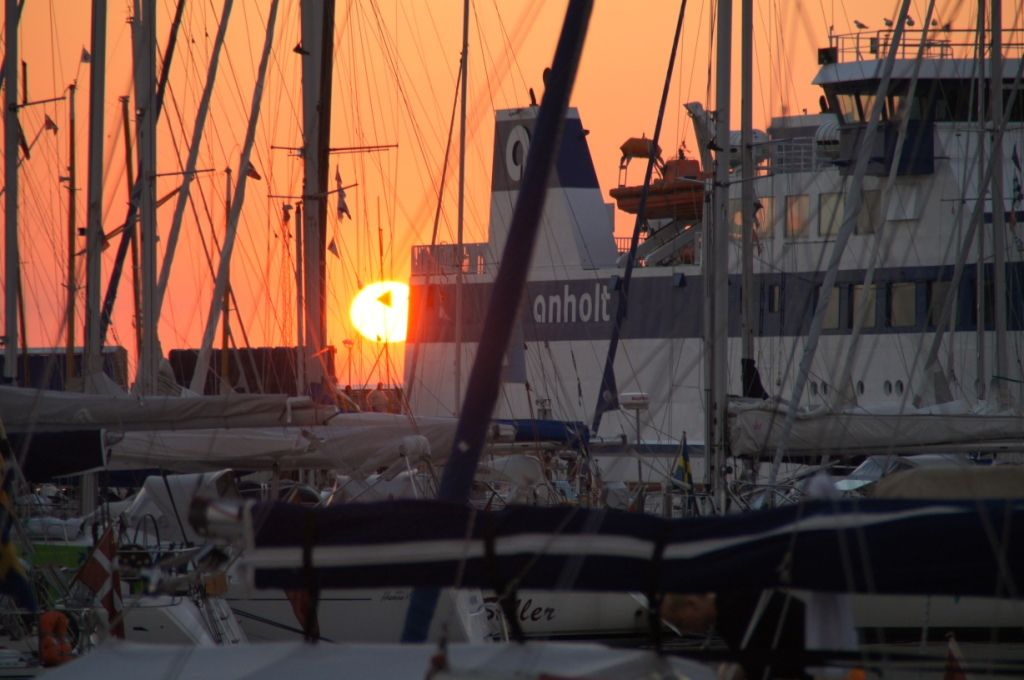 solnedgang over anholt færgen